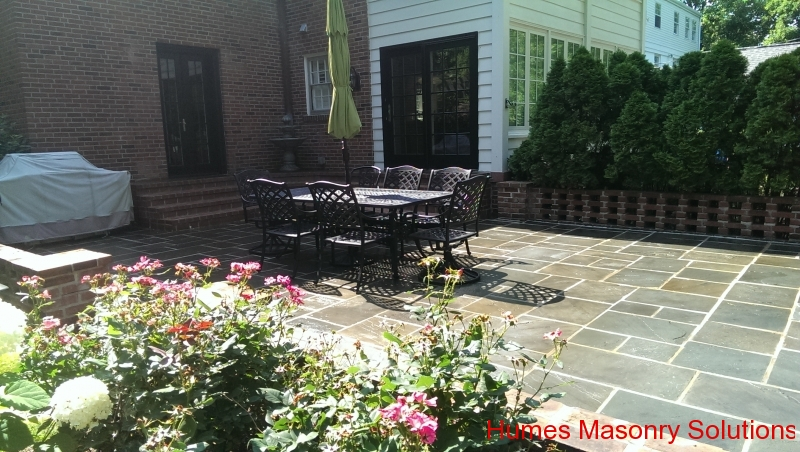 St. louis Stone Patio with Sealer