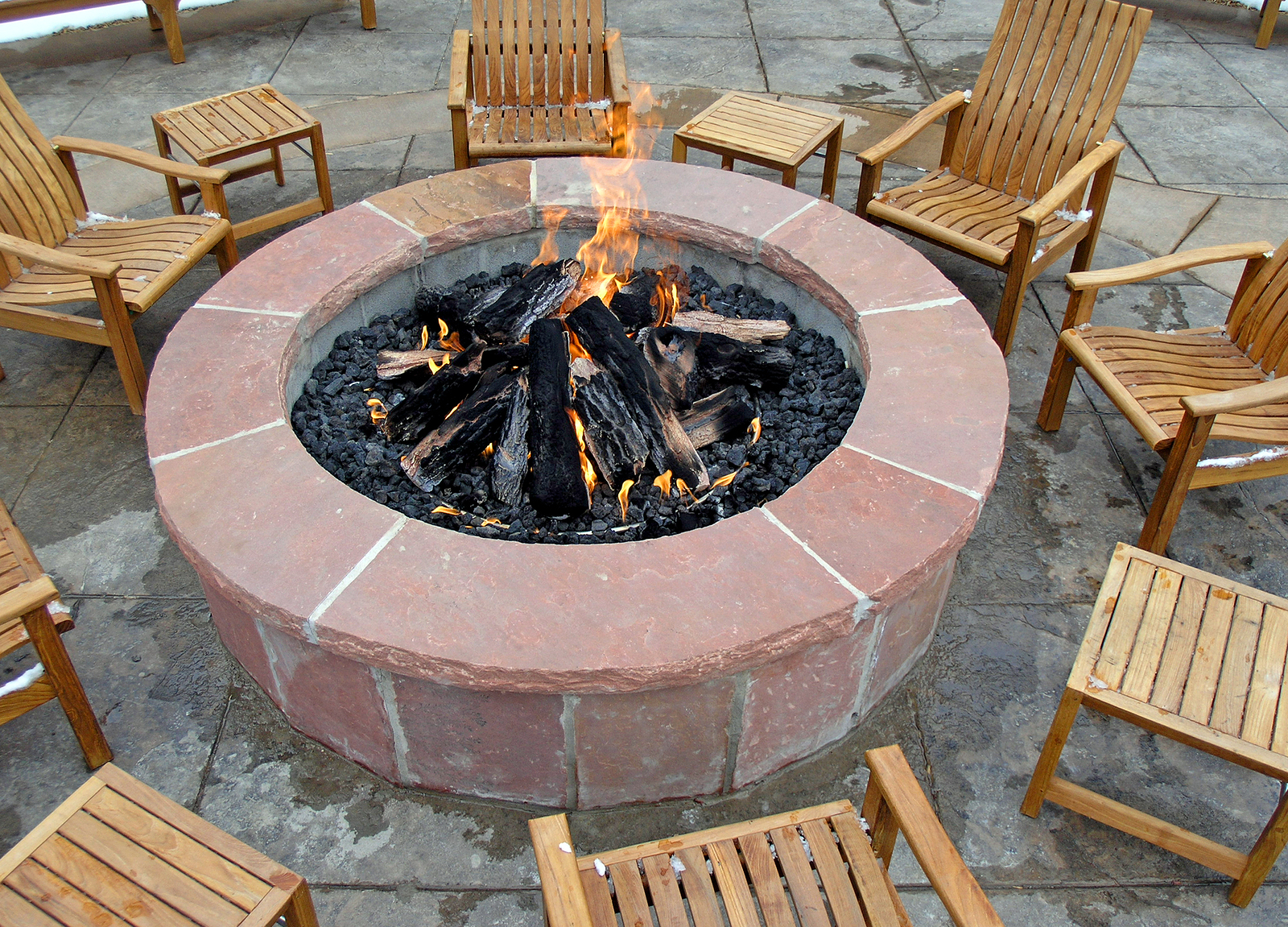 Outdoor Fireplaces Firepits And Kitchens Design And Build